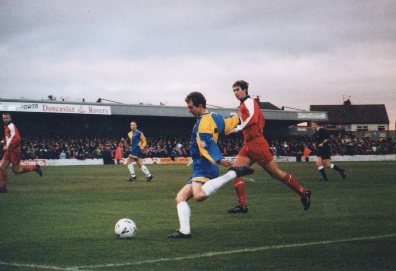 Lee Howells in action for Cheltenham at Doncaster