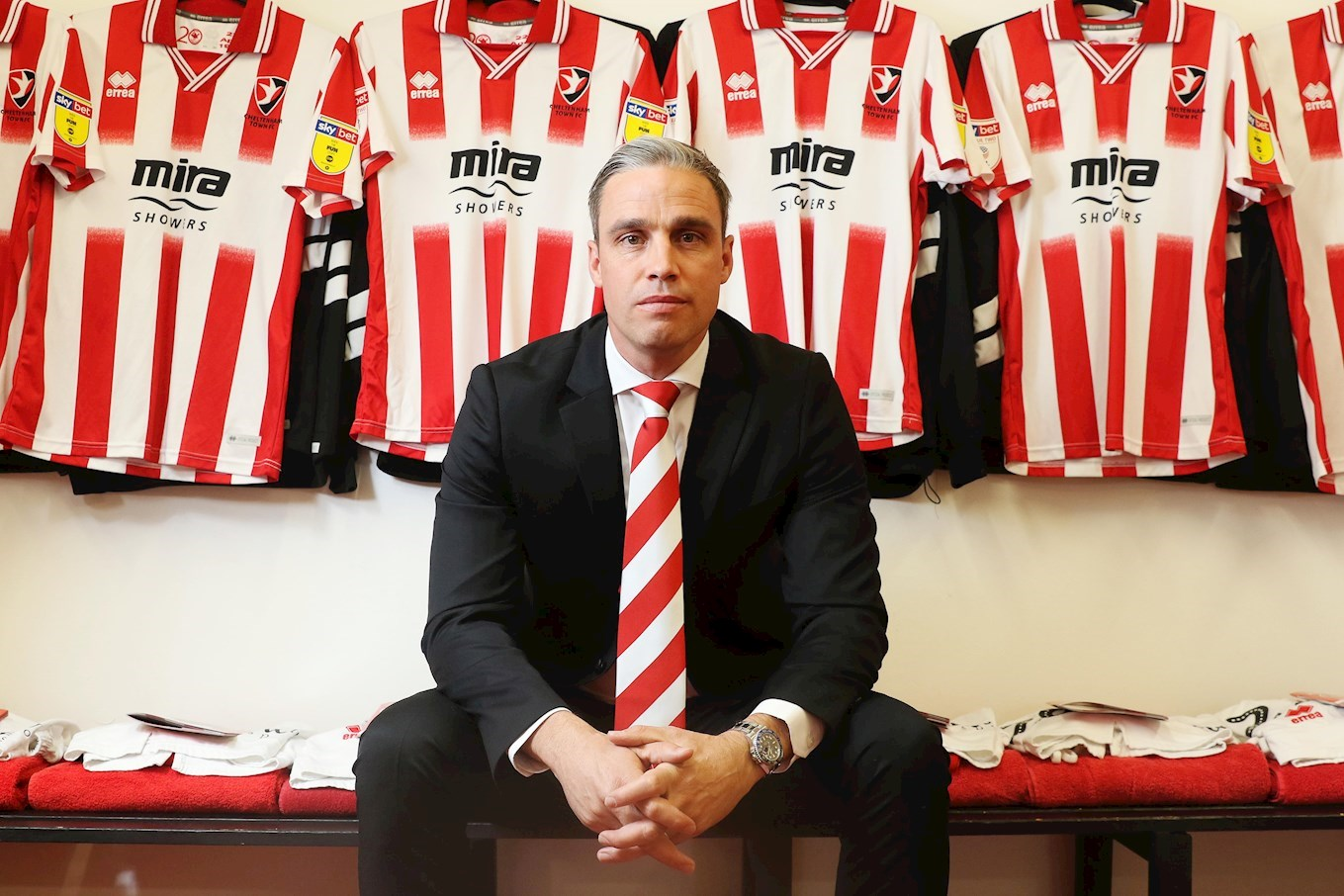 Cheltenham manager Duff